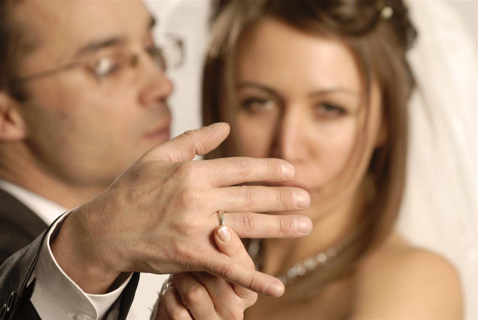 Как скрывают отношения любовники 57
