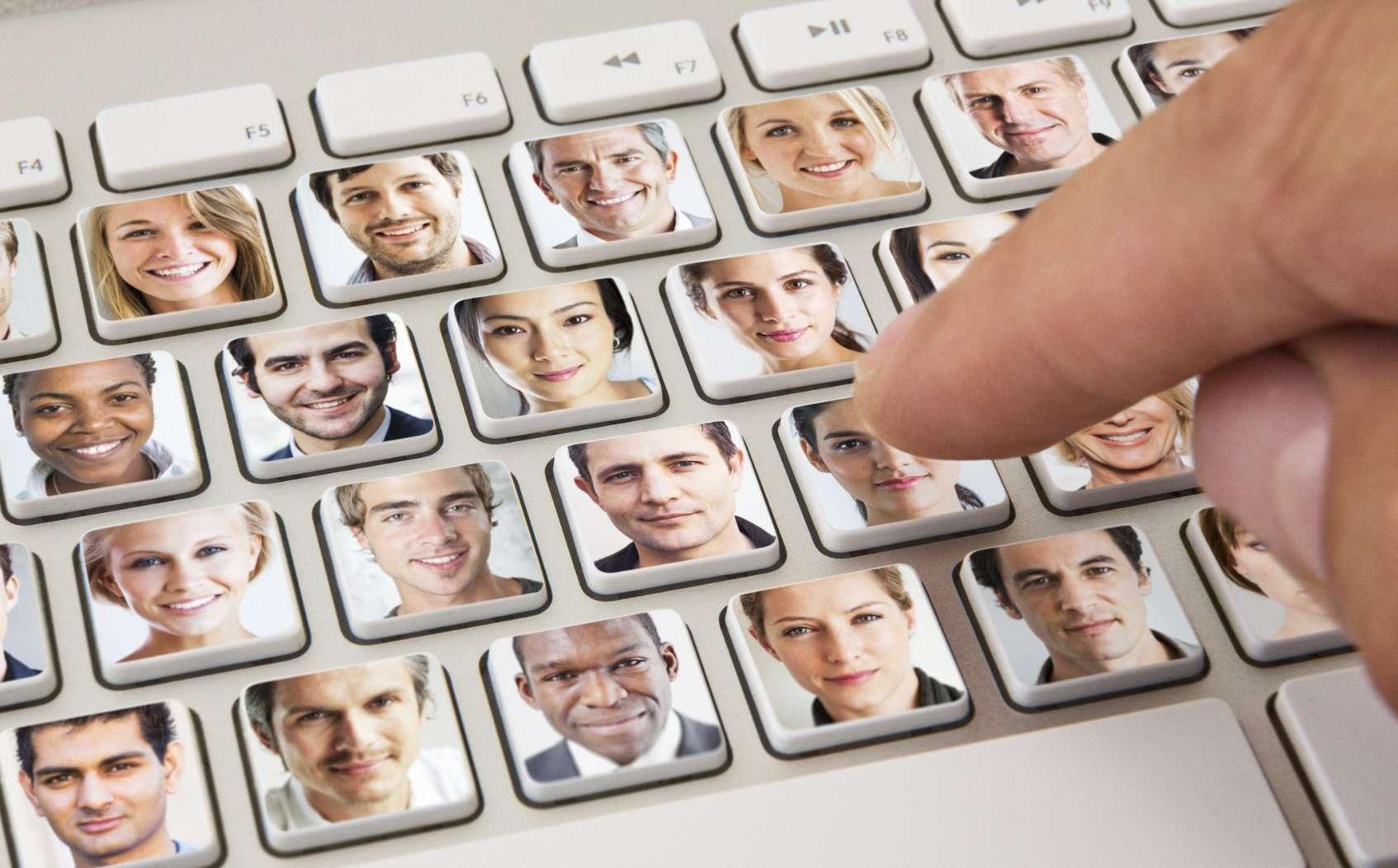 История Знакомства Через Интернет