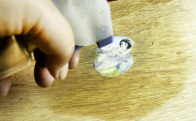 том, как как отклеить фотографию от бумаги цветков выглядит