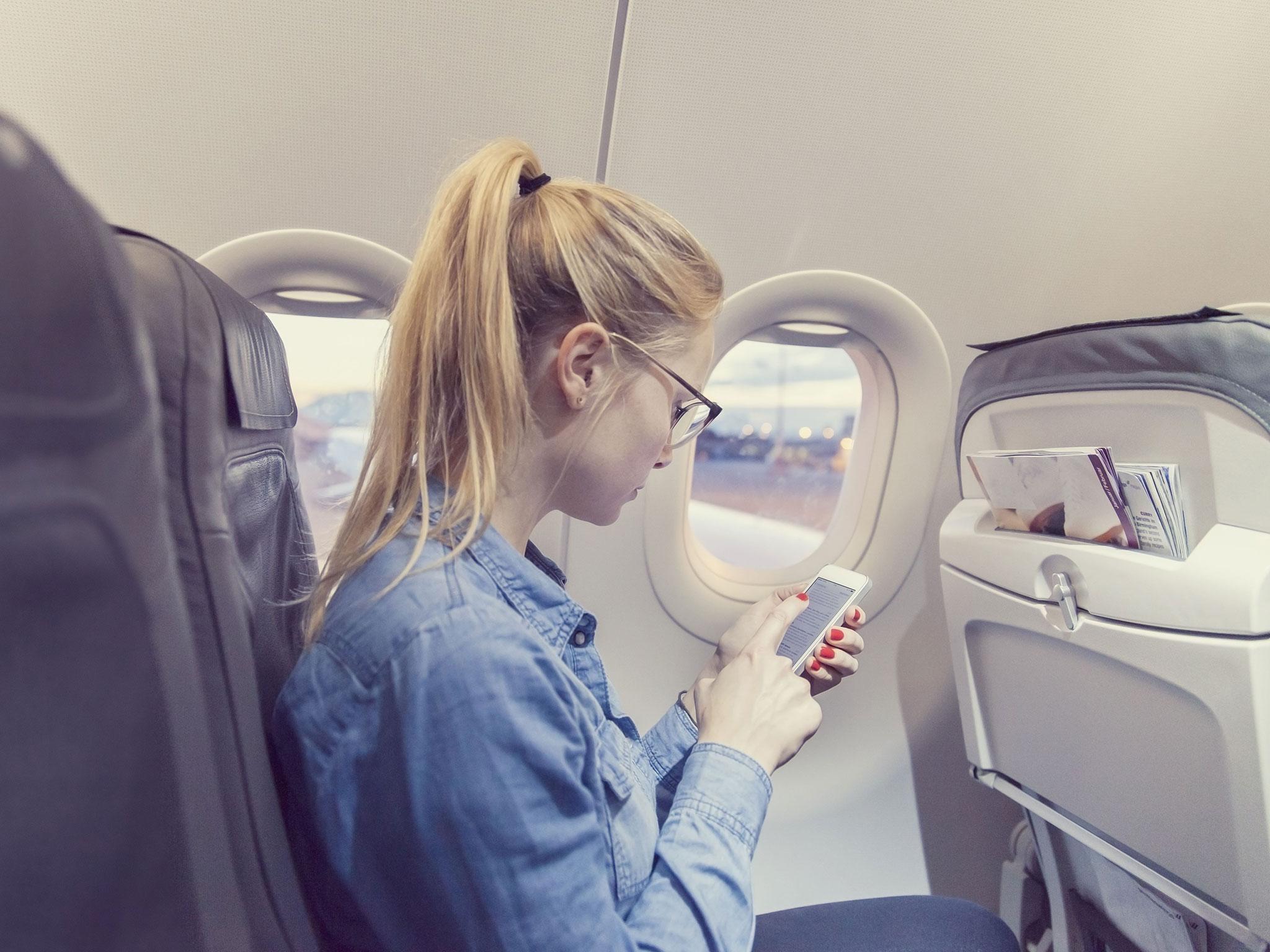 Почему в самолет нельзя жидкость